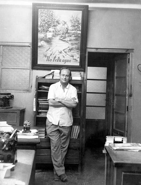 Arnoldo Valsangiacomo Chiesa, 4ª Generación en el despacho de la bodega de El Grao en 1970.